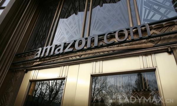 亚马逊正统治美国在线服饰市场
